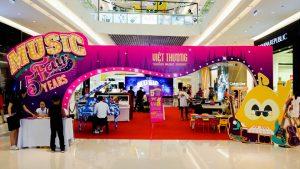 Hình ảnh đầy sắc màu của Việt Thương Music Fair mùa thứ 5