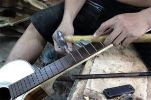 xuong san xuat dan guitar ha noi